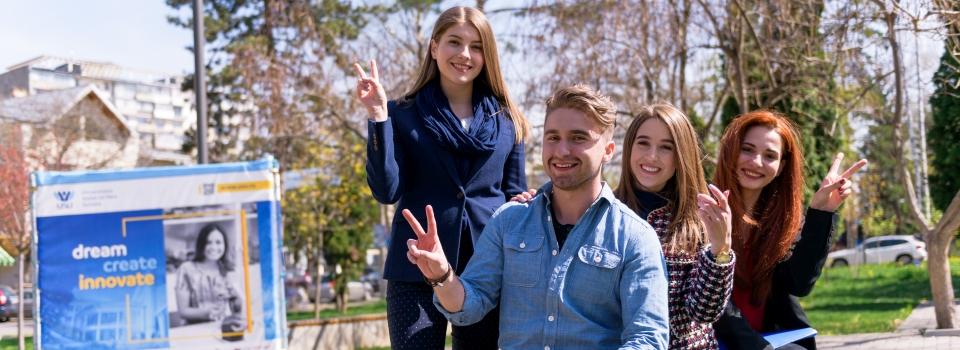 Studenti-149-site-admitere