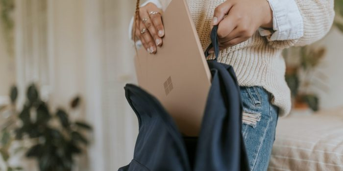 Laptopuri si tablete studenti USV